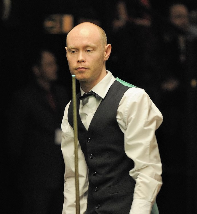 Gary_Wilson_at_Snooker_German_Masters_(Martin_Rulsch)_2014-01-30_01.thumb.jpg.ed216b369687941fed08f1cb46aa8c06.jpg